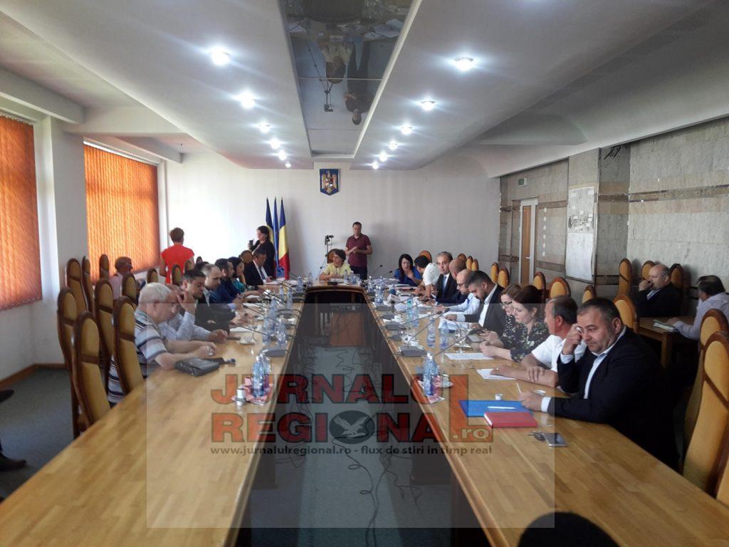 Sedinta ordinara la Pascani cu rectificari de buget si inchirieri de spatii prin licitatii