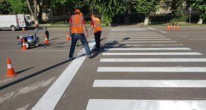 4.800 mp de marcaje rutiere la Pașcani