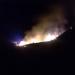 FOTO | VIDEO | Incendiu devastator la o locuinta din Pascani, zona Vatra. Trei autospeciale au intervenit pentru a stinge focul
